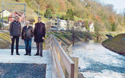 Brücke stand fast 100 Jahre im Weg